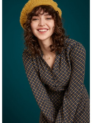 Robe Emma Stanton